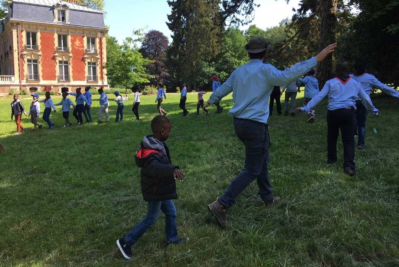 activité de scoutisme en plein air
